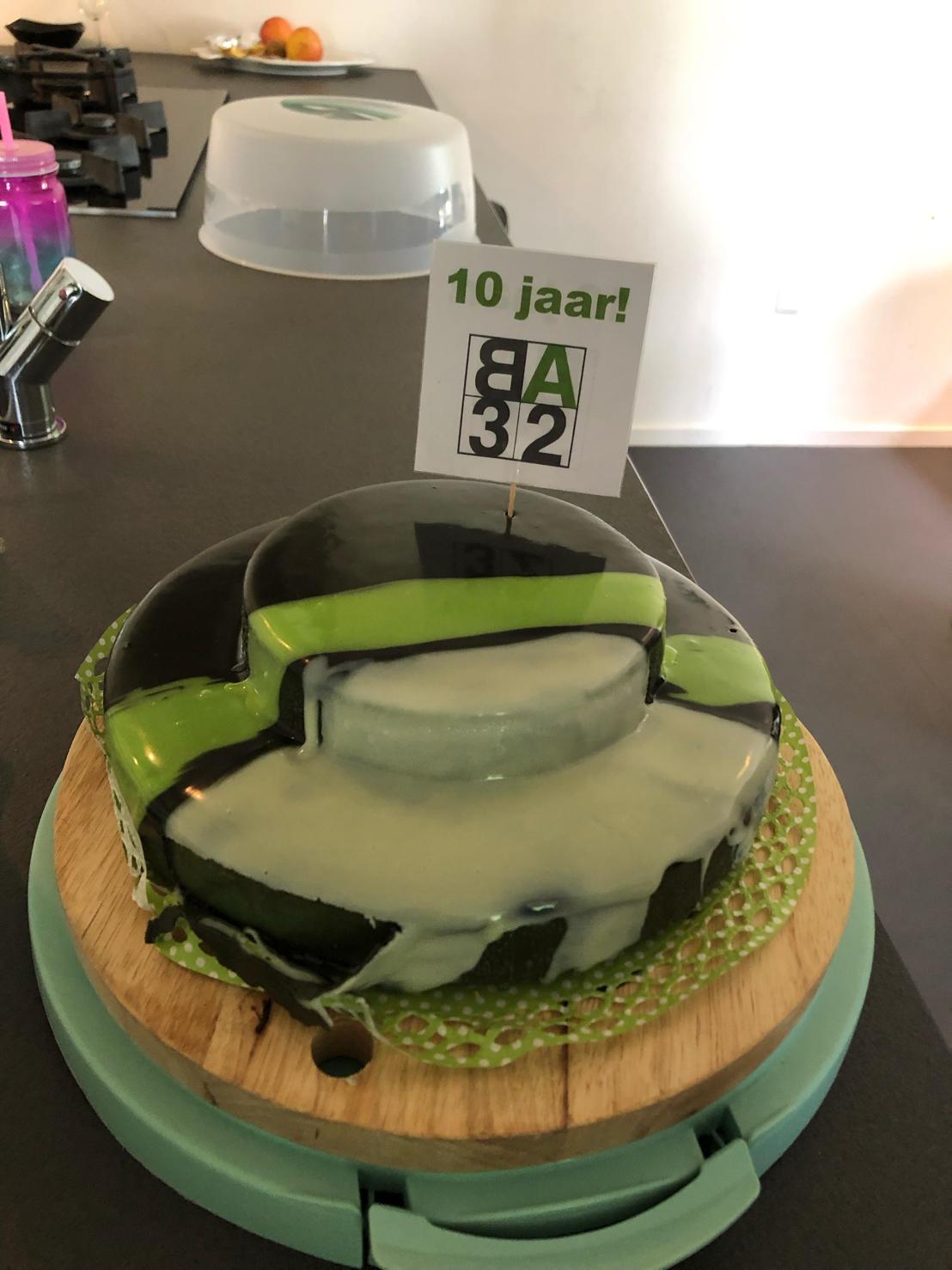 10 jaar BA32 taart